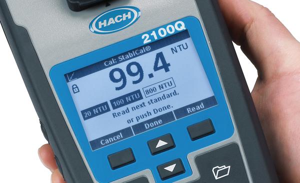 تصویر از دستگاه کدورت سنج پرتابل مدل 2100Q برند HACH